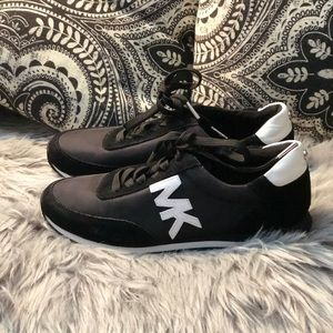 MK SNEAKERS 100% Genuine no box